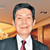 China's richest shoemaker