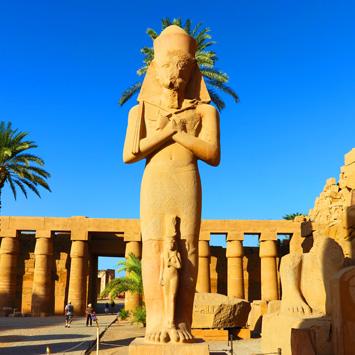 Luxor w