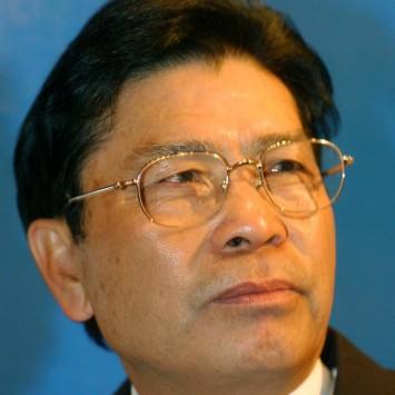 He Xiangjian w