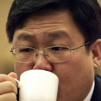 Xu Ming w