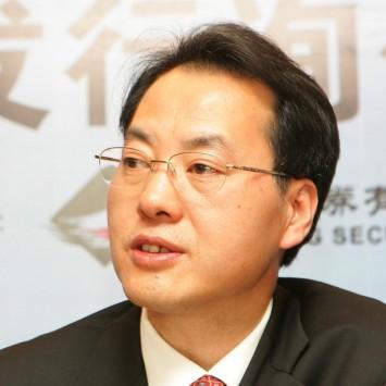Zhou Ruxin w