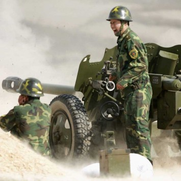 Artillerists of People's Liberation Army (PLA) attend a firing drill in Hefei