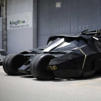 Batmobile w