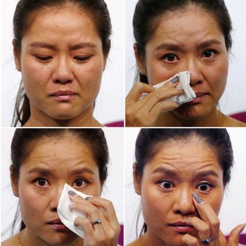 A combination of pictures shows tennis player Li Na of China crying during a news conference announcing her retirement in Beijing