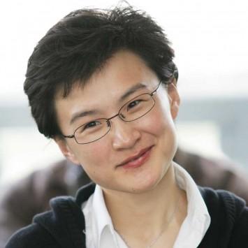 Dong Qian w