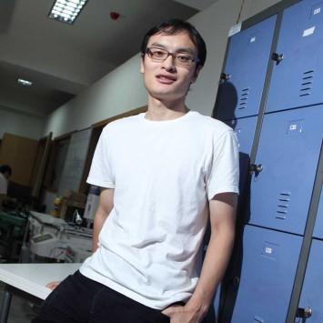Frank Wang w