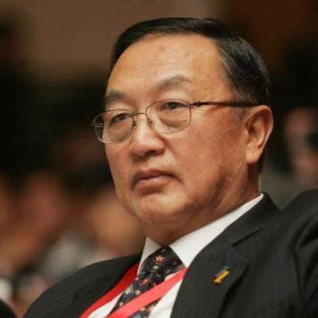 Liu Chuanzhi w