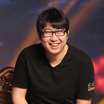 Xu Lei w