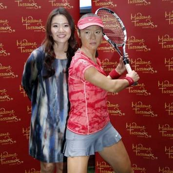 Li Na and wax model