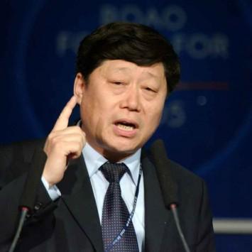 Zhang Ruimin w