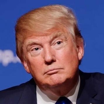 Donald Trump w