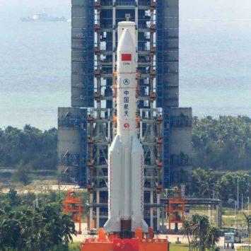 China-rocket-w