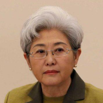 Fu-Ying-w