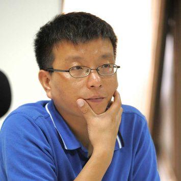 Lei-Zhenjian-w