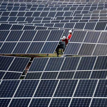 Solar-Panels-w