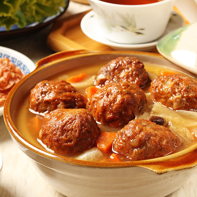 Shizi Tou (Lion's Head Meatballs  狮子头)