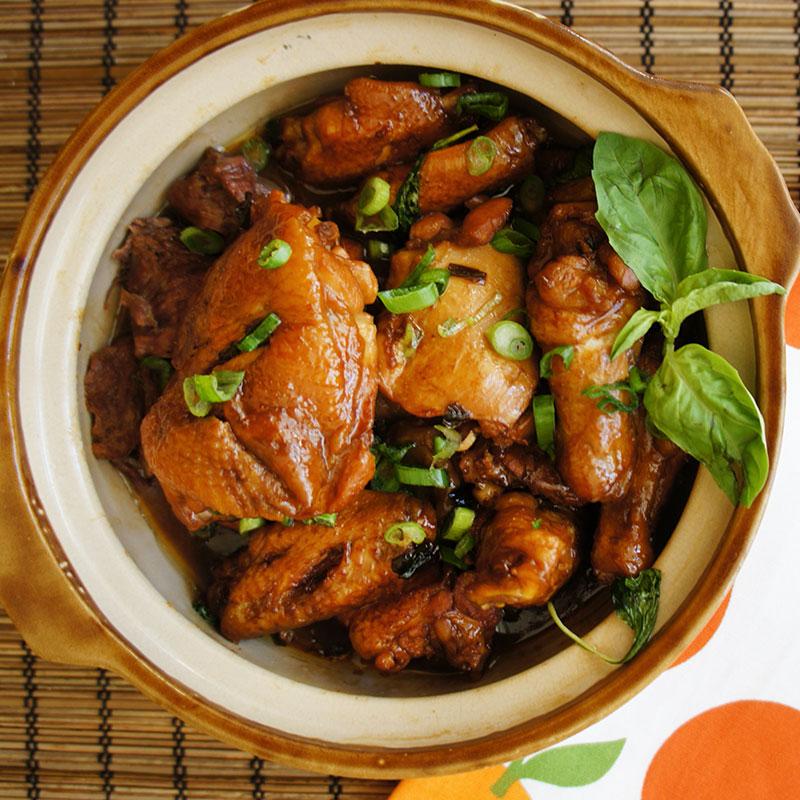 San Bei Ji (Three Cup Chicken  三杯鸡)
