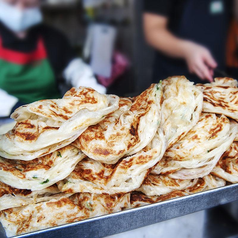 Congyou Bing (Scallion Pancakes  葱油饼)