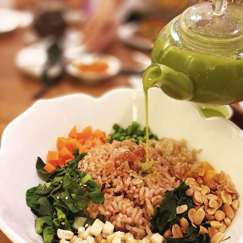 Lei Cha Fan (Thunder Tea Rice  擂茶饭)