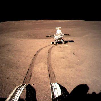 Moon-landing-w