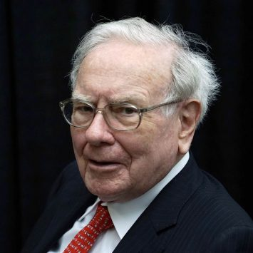 Warren-Buffett-w