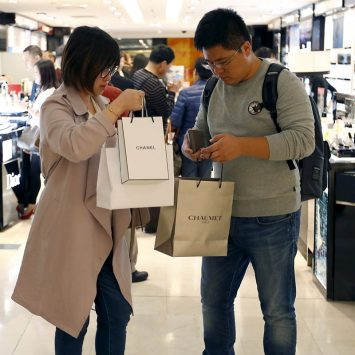 Millenials-shopping