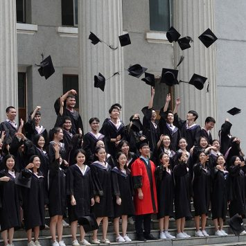 Graduates-w