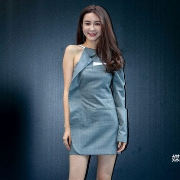 Zhang Dayi-w