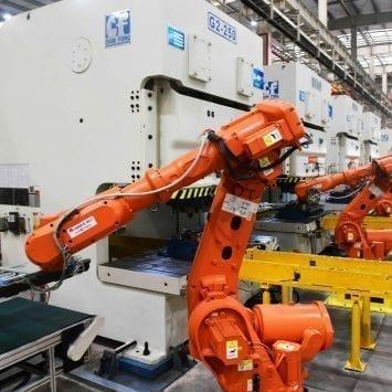 CHINA-DOMESTICALLY-PRODUCED-INDUSTRIAL-ROBOTS