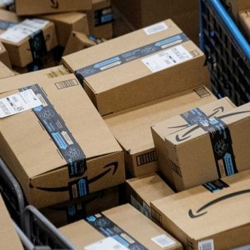 Amazon-Packages-w