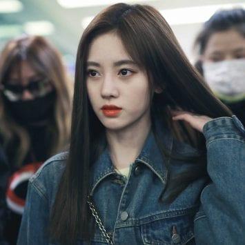 Ju Jingyi-w