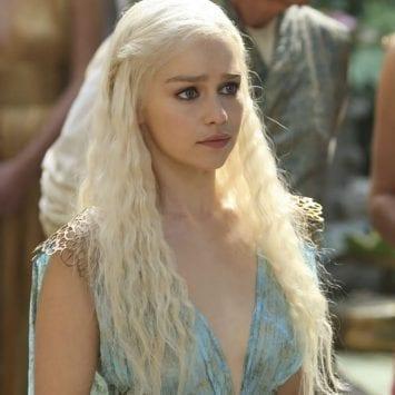 Emilia Clarke se inventÛ un discurso en Alto Valyrio en diez minutos