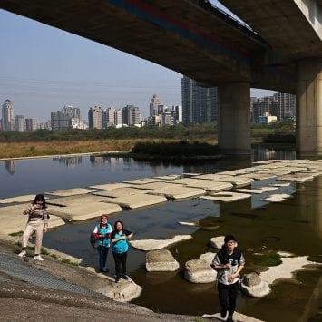 Touqian-River2-w