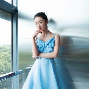 Zhou Dongyu-w