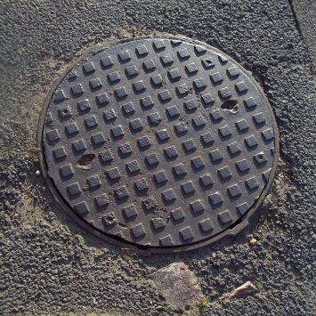 Manhole-cover-w