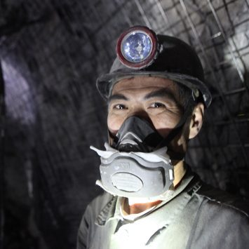 Bartin-april,5,:,Unidentified,Chinese,Mine,Workers,Began,Working,In